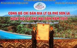 """Lễ trao Giấy chứng nhận chỉ dẫn địa lý cho sản phẩm cà phê """"Sơn La"""""""