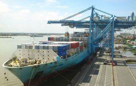 Dịch vụ cho thuê tàu biển kèm người điều khiển (CPC 7213)